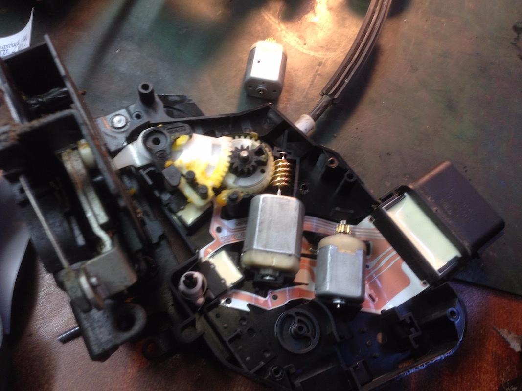 Замена заднего тормозного диска форд мондео 1